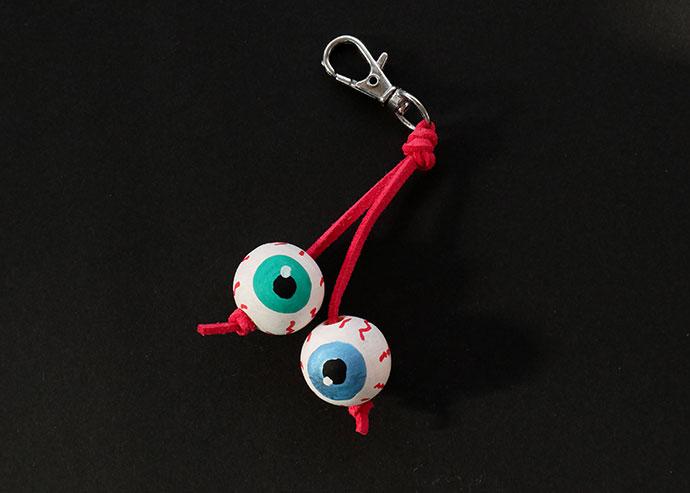 How to make an eyeball keychain - mypoppet.com.au