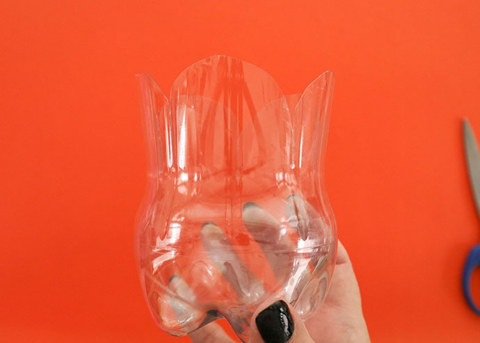 How to make a pumpkin from a plastic bottle - mypoppet.com.au