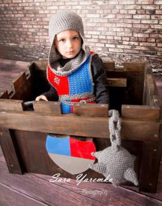 Knight of the Round Table Child's costume Crochet Pattern