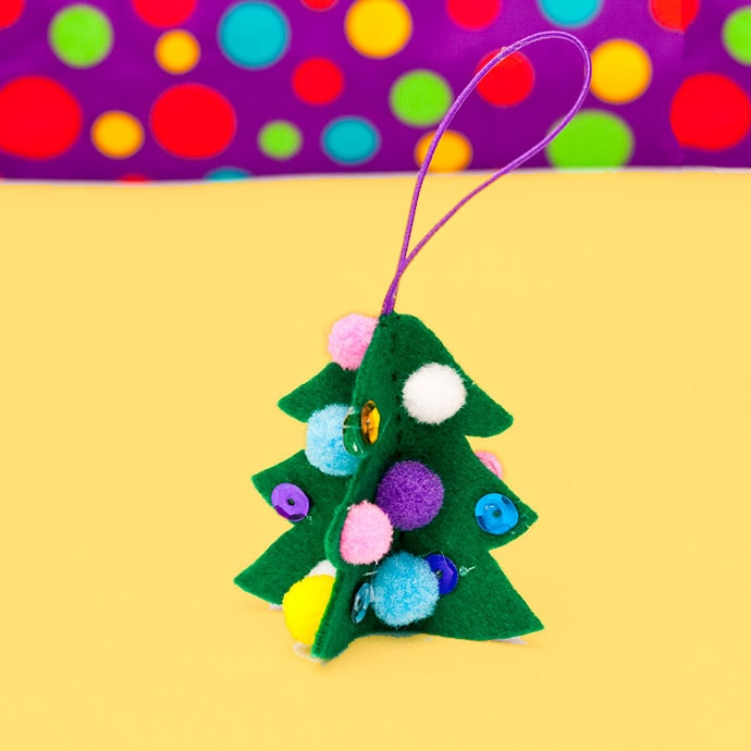 felt christmas ornament craft