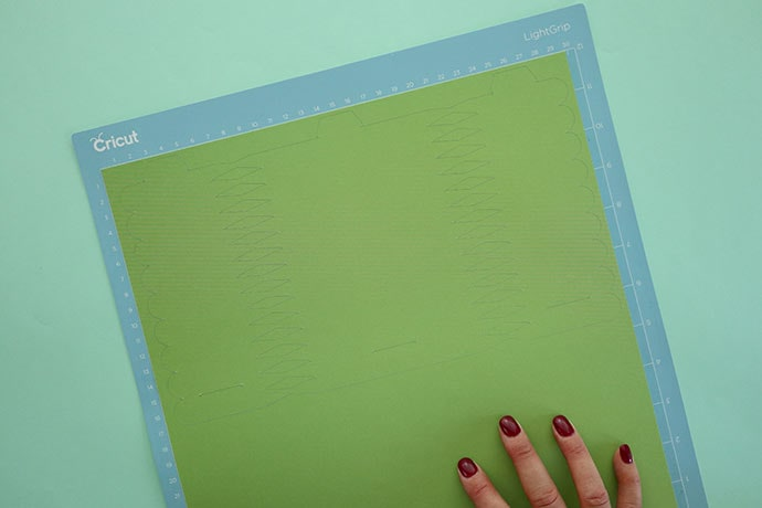 How to remove paper cutout from cricut sticky mat
