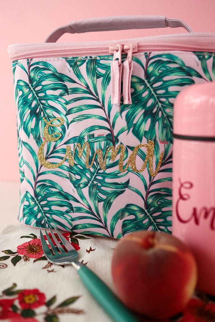 personalised lunch bag and pink thermos