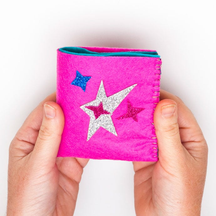 DIY Kids Wallet made from felt