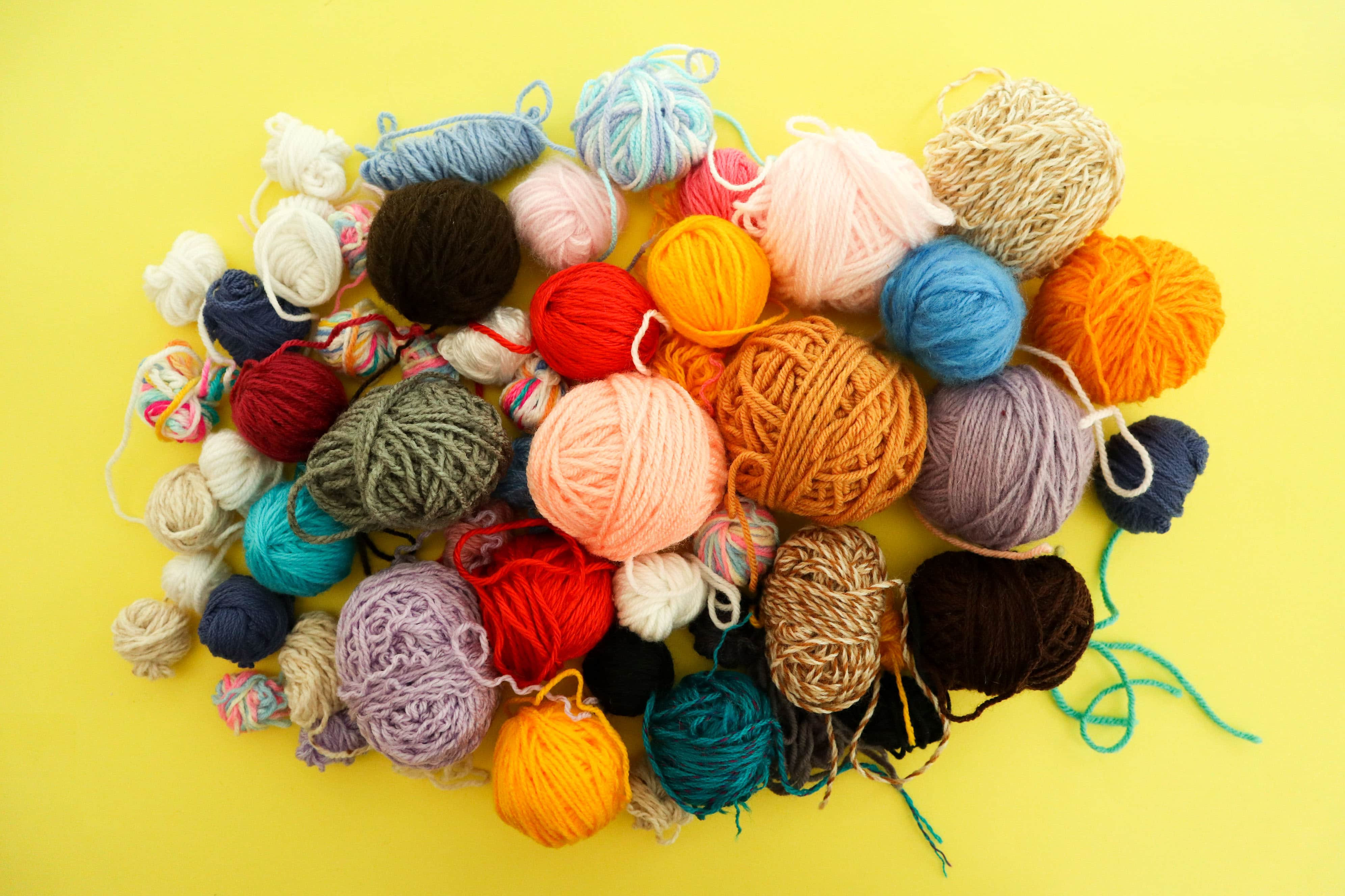 pile of small balls of yarn