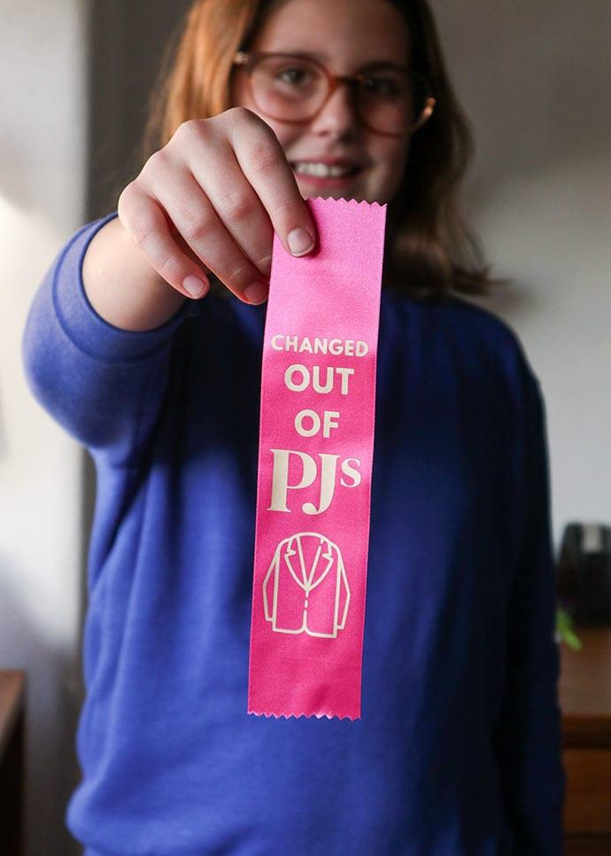 Funny award ribbon DIY craft project