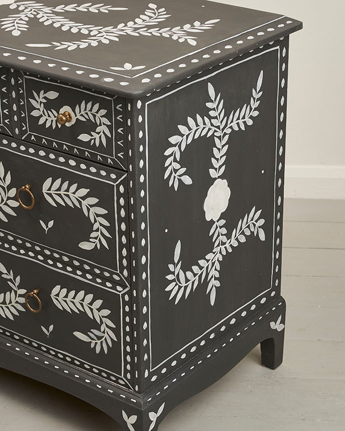 faux painted bone inlay furniture makeover