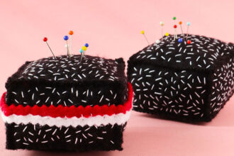 DIY felt Lamington pincushions
