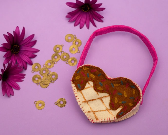 Waffle Heart Purse - My Poppet Makes