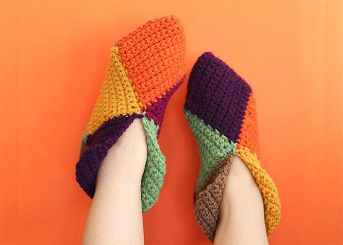 harlequin slippers crochet pattern