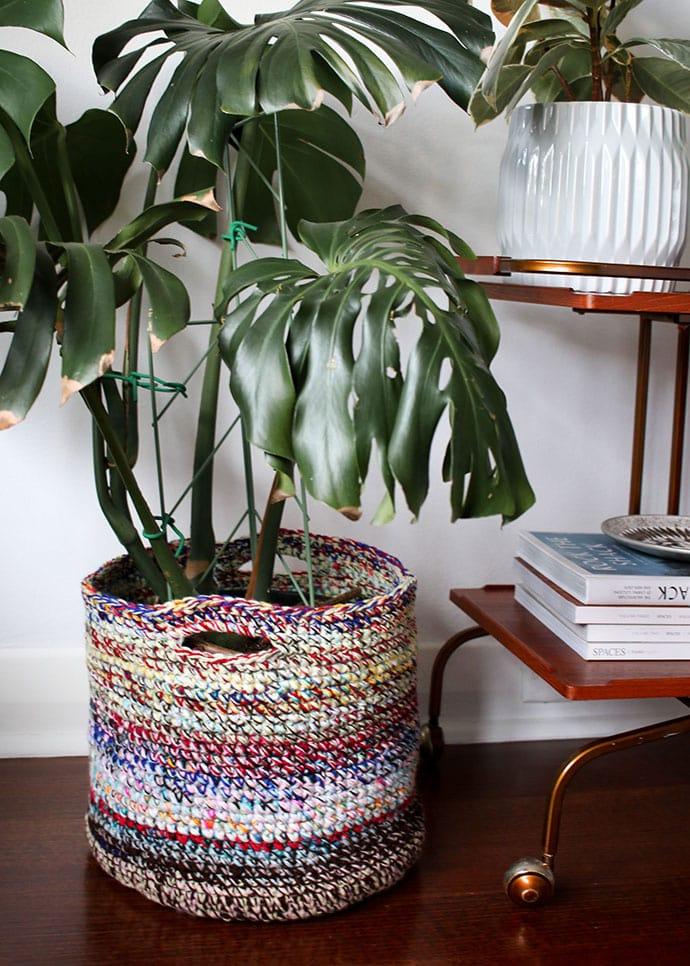 Crochet planter basket