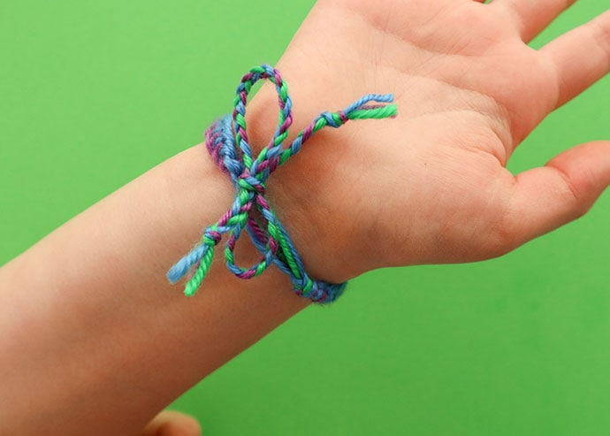 How to tie off friendship bracelet.