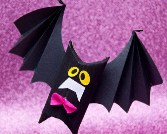 Halloween Craft Paper Roll Bat - My Poppet Makes