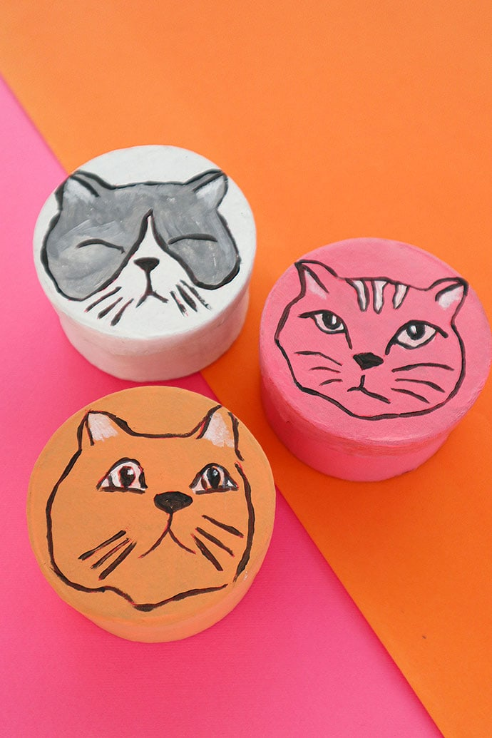 Best gift box for cat lovers - Make this with just paint - 3 round cat face gift boxes