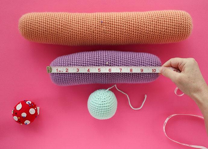 crochet rainbow cushion assembly instructions