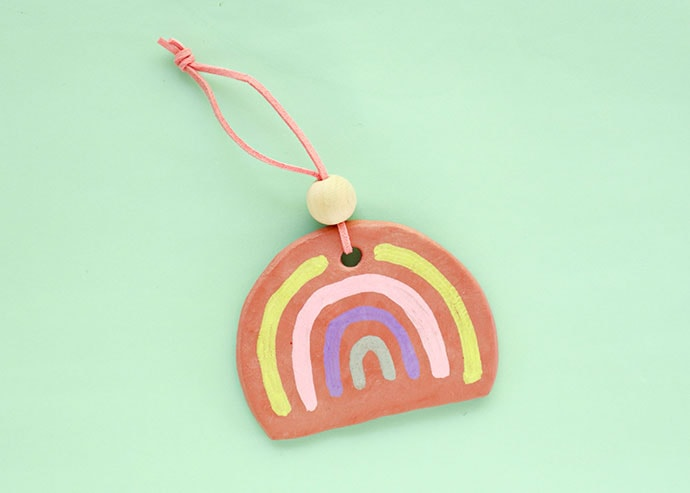 How to make a rainbow christmas ornament
