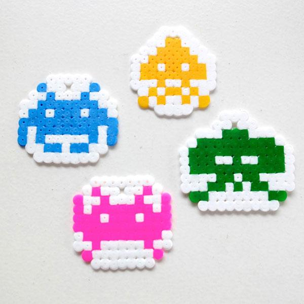 Pixel space invader pattern