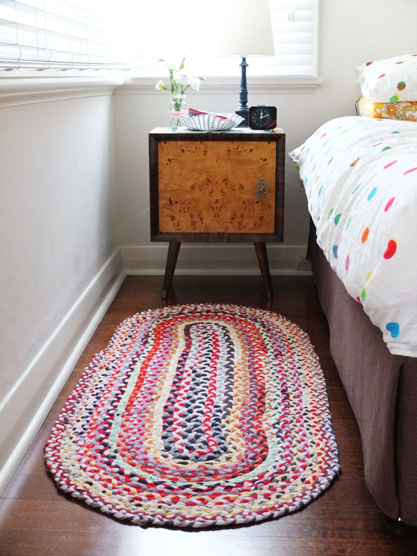 How to make an oval braided rug from old t-shirts