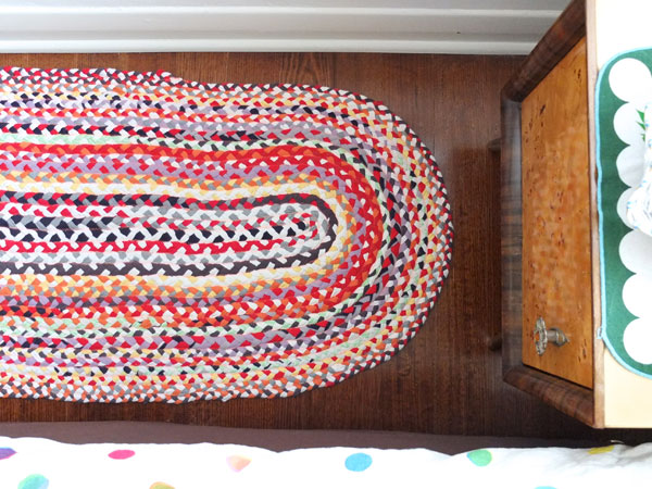 Braided t-shirt rug tutorial www.mypoppet.com.au