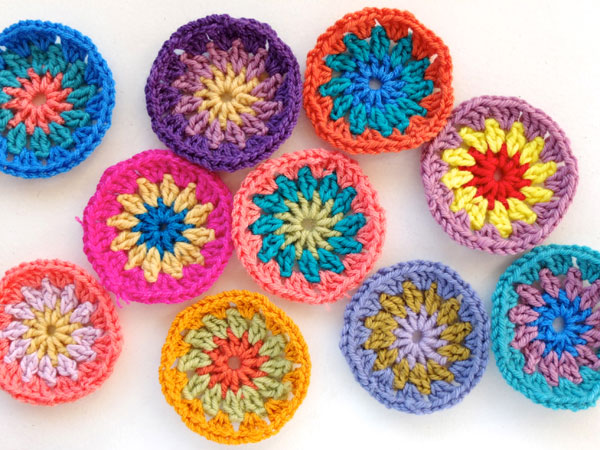 crochet circle flowers