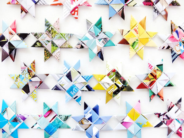 How to weave paper stars - recycle old magazines