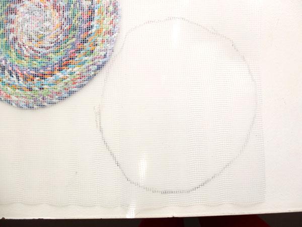 marking shape on underlay