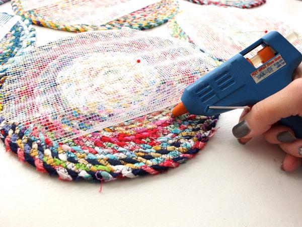 Glue underlay to rug
