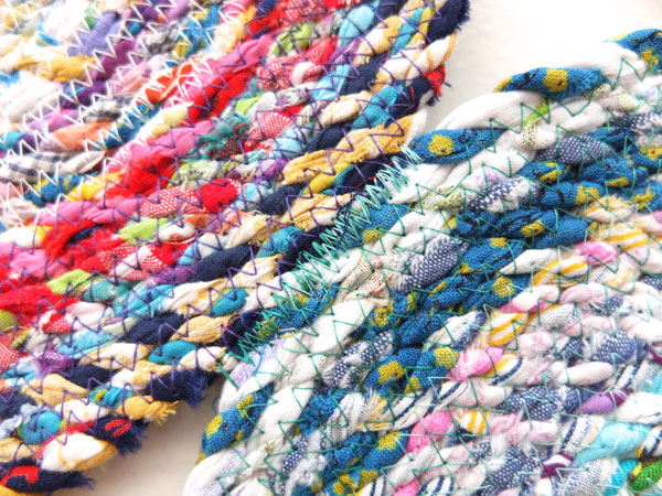 joining mat circles with zig zag stitch