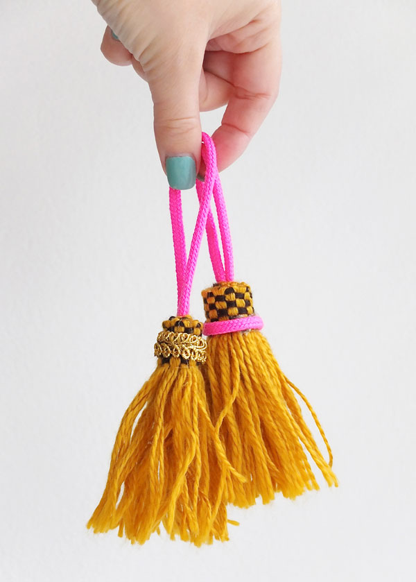 tassel diy with vintage fringe