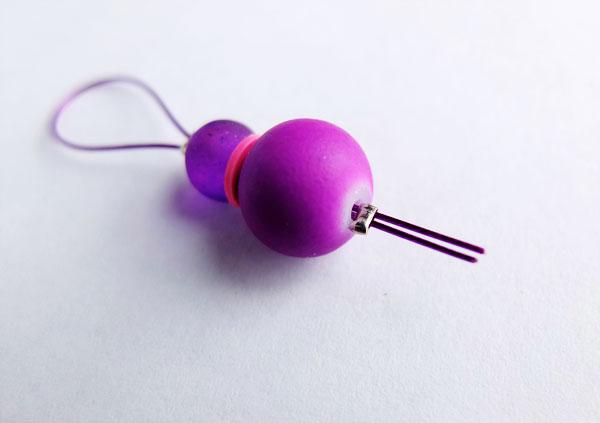 DiY knitting rainbow stitch markers