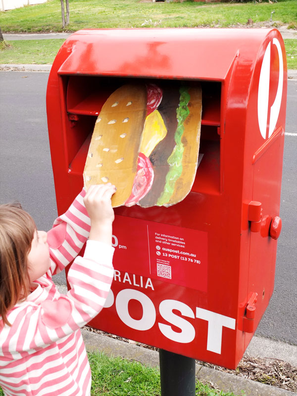 Send a hamburger in the mail