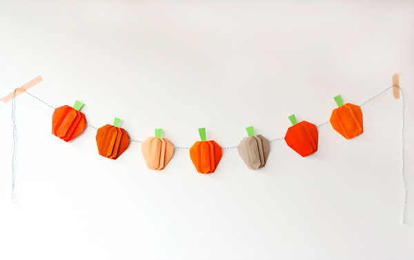 Pumpkin paper origami garland with video tutorial