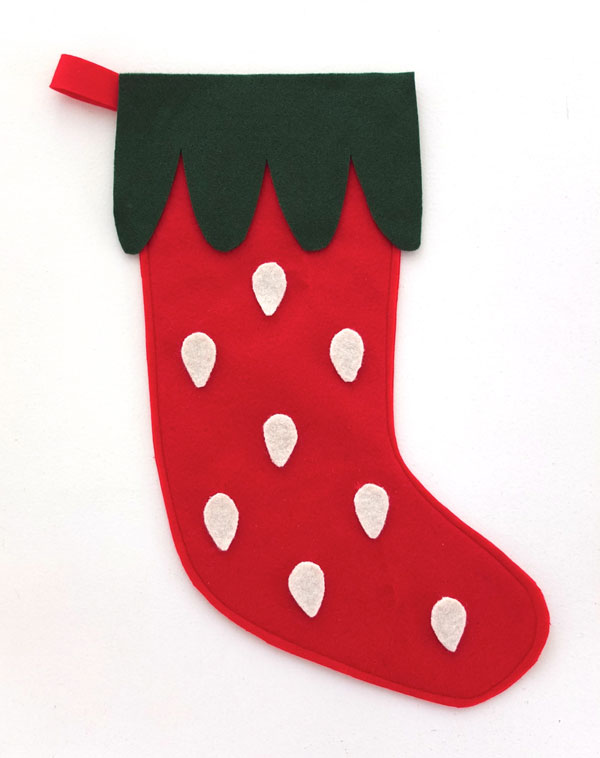 Let's make a felt strawberry christmas stocking mypoppet.com.au