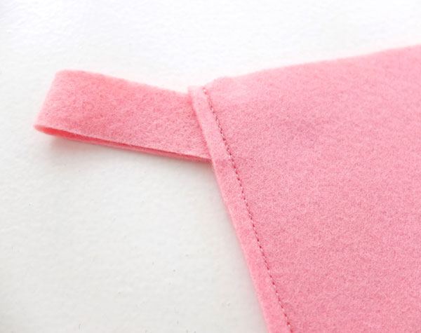 Let's make a felt christmas stocking mypoppet.com.au