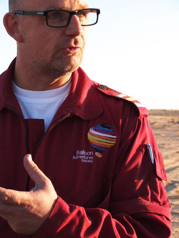http://eatprayworkout.com/hot-air-ballooning-dubai-desert/