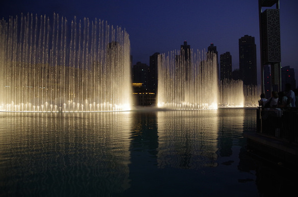 Pieter Edelman - The Dubai Fountains